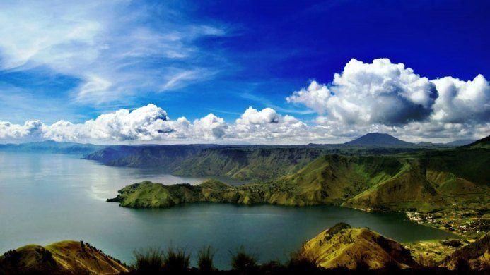 551_Lake-Toba-Indonesia