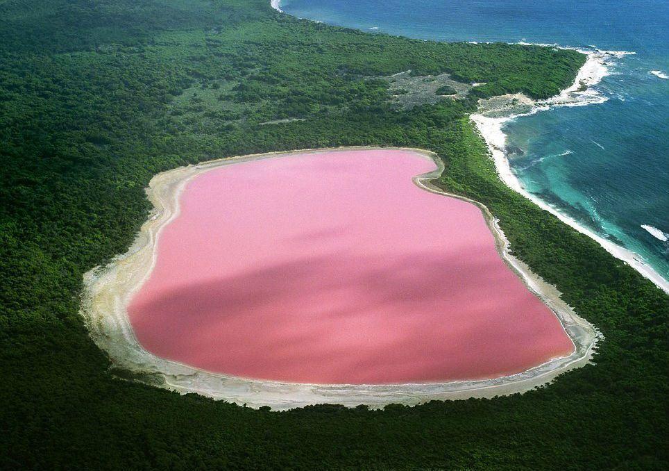 misterul-lacului-roz-cercetatorii-nu-au-o-explicatie-logica-pentru-culoarea-apei_size1