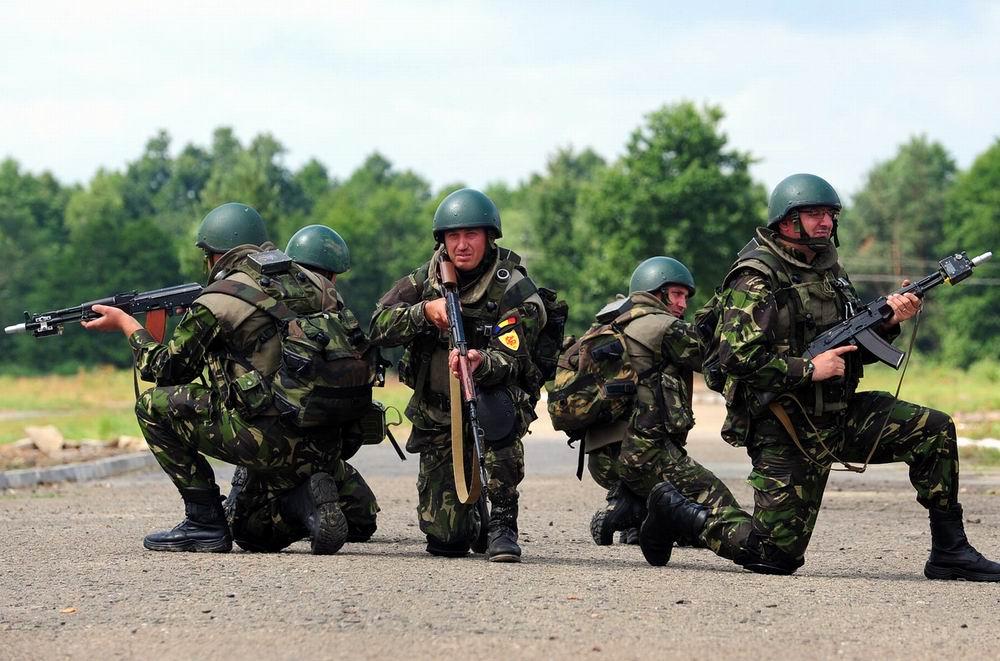 militari-romani-la-Rapid-Trident-2013-2