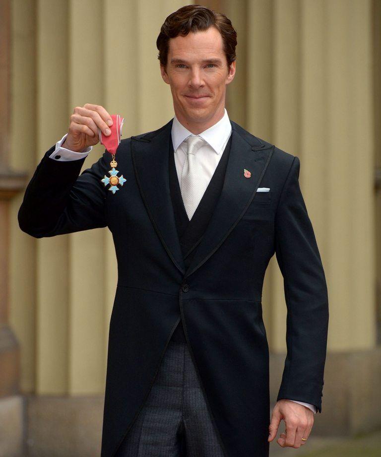 Benedict-Cumberbatch-Honored-Queen-Elizabeth-II