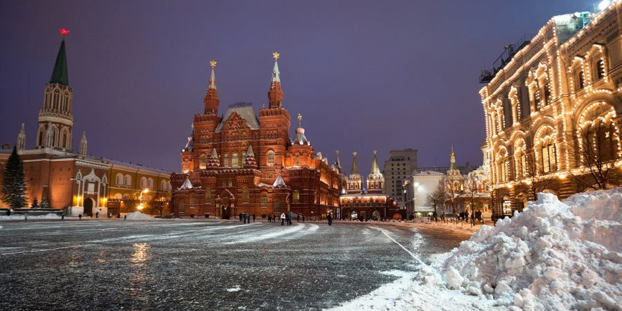 Moscow-Red-Square-winter-1-Istock