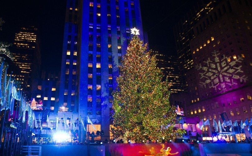 rockefeller-center-christmas-tree-lighting-trqh6huy